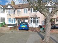 Terraced house to rent in Hawthorn road...