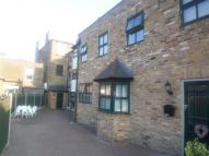 1 bed Apartment to rent in Chestnut Mews...