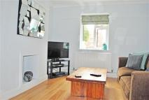 2 bed Apartment to rent in Snaresbrook Road...