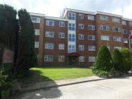 2 bedroom Apartment in Barnes Court...