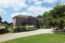 6 bed Detached property in Harts Orchard...