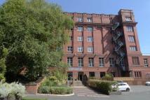 3 bedroom Apartment in Blackburn Road...