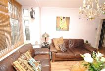 2 bed Flat in 445 High Road, London