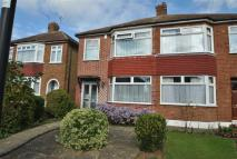3 bed home in Burnham Close, Enfield...
