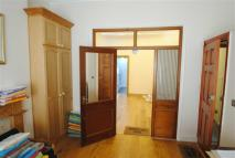 Flat in Willoughby Road, London