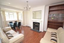 2 bed Flat in Dover Court, The Grove...