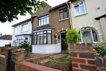 4 bedroom property in Avondale Road, Finchley