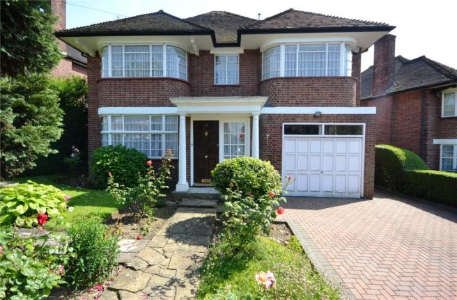 4 Bedroom Detached House For Sale In Highview Gardens