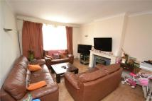 4 bed semi detached property in Court House Gardens...