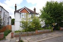 5 bedroom home in Lanchester Road, Highgate