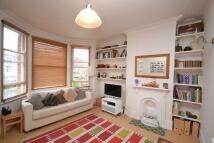 3 bedroom Flat to rent in Manor Park Road...