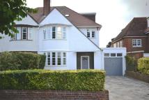 5 bedroom house in Woodside Avenue, Highgate