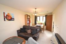 2 bed Flat in Deanery Close...