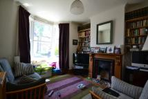New Trinity Road Flat to rent