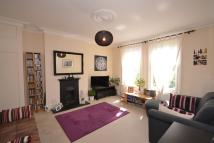 Flat to rent in Fairfield Road...