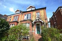 Apartment to rent in Avenue Road, London, N6