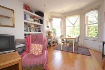 Flat to rent in Coniston Road...