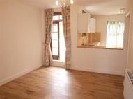 Flat in Woodland Rise...