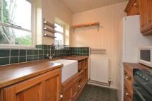 2 bedroom Flat in Victoria Road...