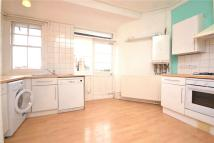 3 bedroom Apartment to rent in Fortis Green...