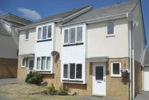 3 bed semi detached property in Bluebell Way, Whiteley