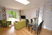 1 bedroom Flat to rent in Moss Hall Crescent...