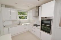2 bedroom Flat in Grange Avenue...