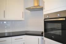 2 bed Apartment in Beecholme...