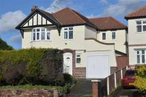 4 bed Detached property in Whitchurch Road...