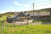 Detached property for sale in Maerdy, LL21