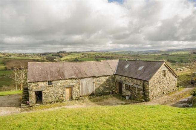 THE BARN & COTTAGE