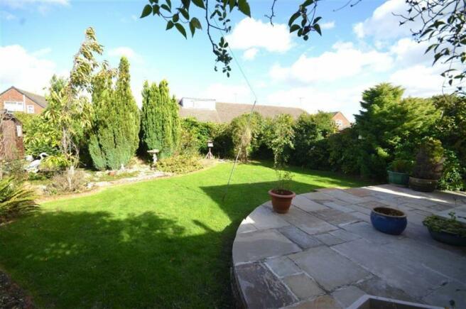 Landscaped Rear Gard
