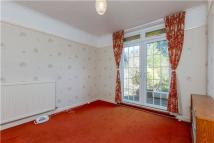 3 bed Detached home in Sefton Road, Headington...