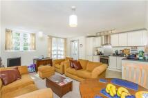 Flat for sale in Wooldridge Court...