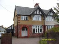 3 bed semi detached house to rent in Chester Road, Mold, CH7