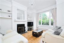 2 bedroom Flat in Emmanuel Road, LONDON...