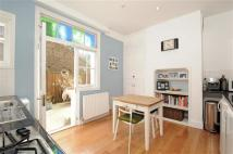 3 bed Flat in Rowfant Mansions...