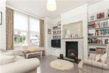 3 bedroom Terraced house in Heythorp Street, LONDON...