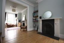 4 bed Flat to rent in St Thomas's Road Arsenal