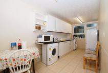 Flat in Reedham Close Tottenham