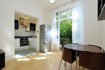 2 bed Flat in Carysfort Road...