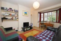 Terraced property to rent in Eade Road Finsbury Park