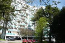 2 bed Apartment to rent in Kenilworth Court...