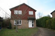 4 bedroom Detached property to rent in Coleridge Close, Hitchin