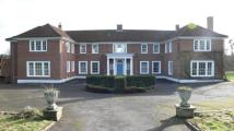 6 bed Detached home to rent in Taplow, SL6