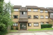 Flat to rent in Littlebrook Avenue...