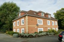 Flat to rent in Maxwell Court, Burnham