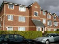Flat to rent in Walpole Road...