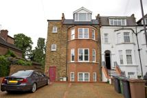 2 bed Flat for sale in Upper Leytonstone, E11