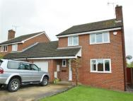 3 bed Detached property in Colchester Close...